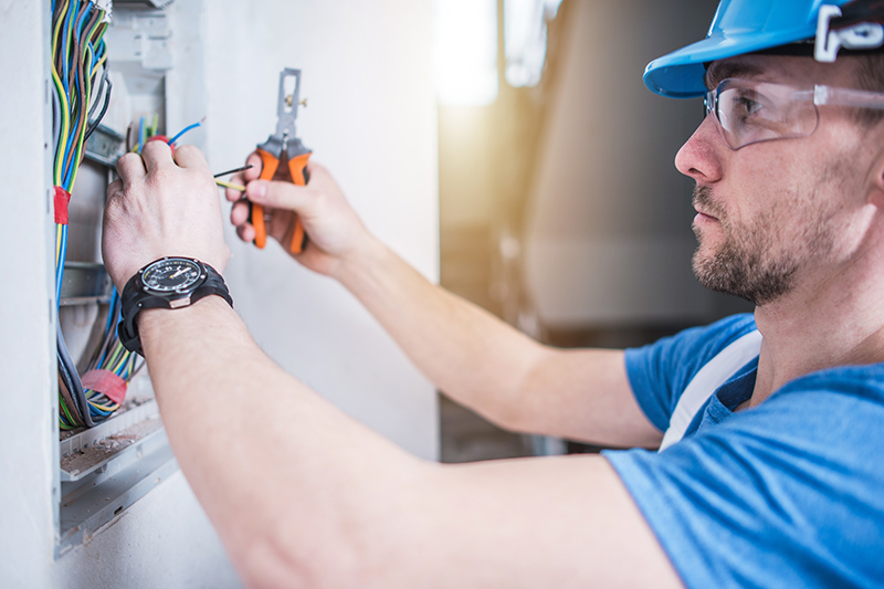 Electrician Qualifications in Wolverhampton West Midlands