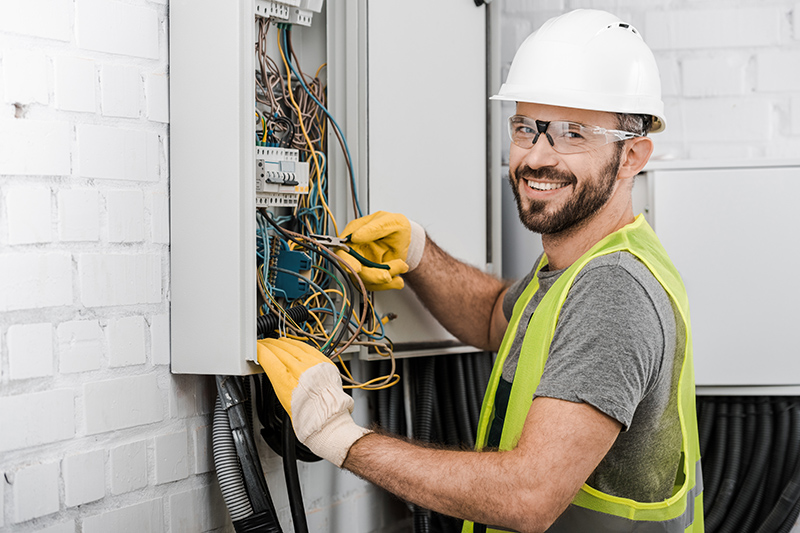 Local Electricians Near Me in Wolverhampton West Midlands